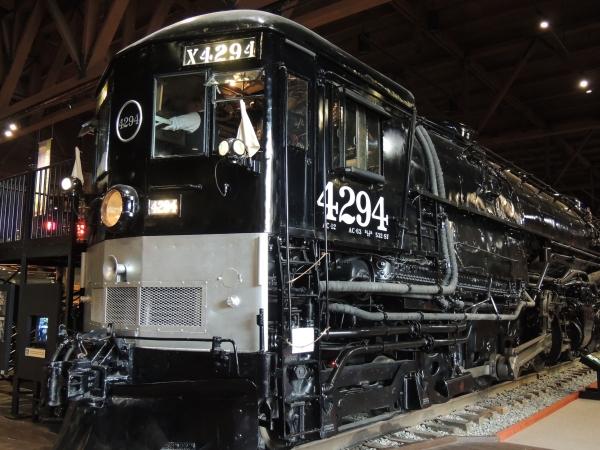 Locomotive à vapeur avec cabine en avant pour les tunnels des rocheuses
