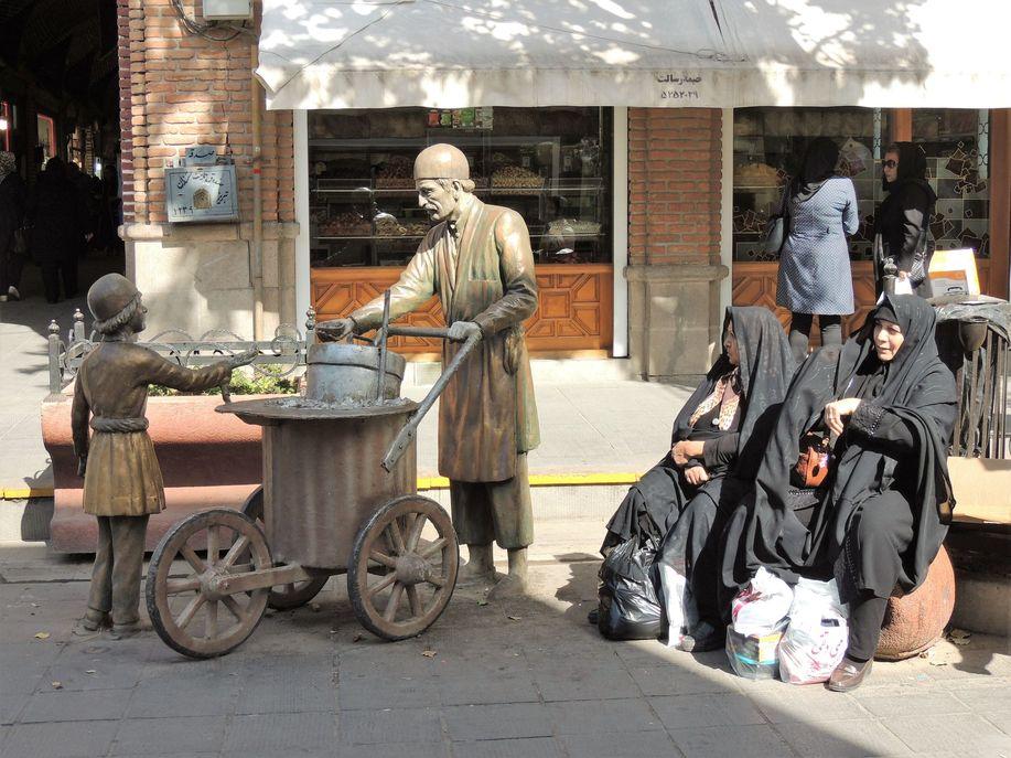 Scène de rue à Tabriz