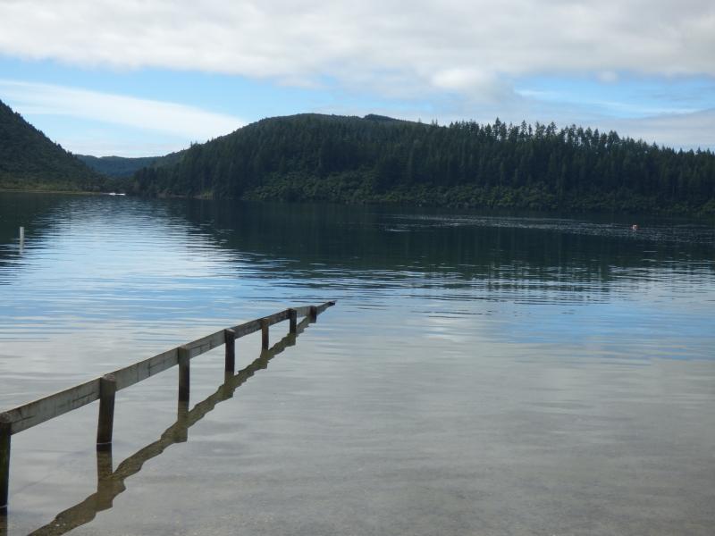 01 Le lac Tikitapu_01