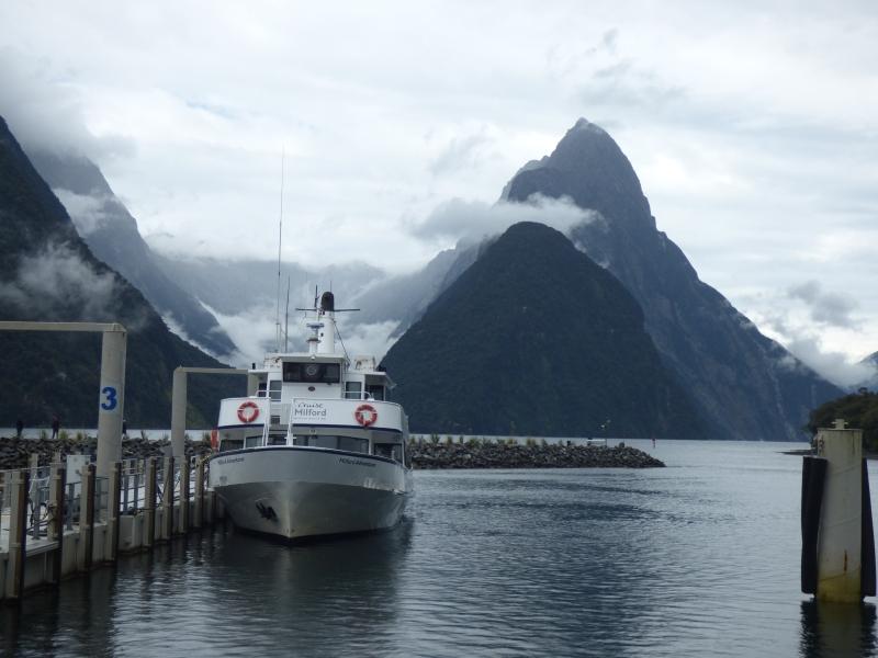 07 Embarquement pour la visite du fjord_01