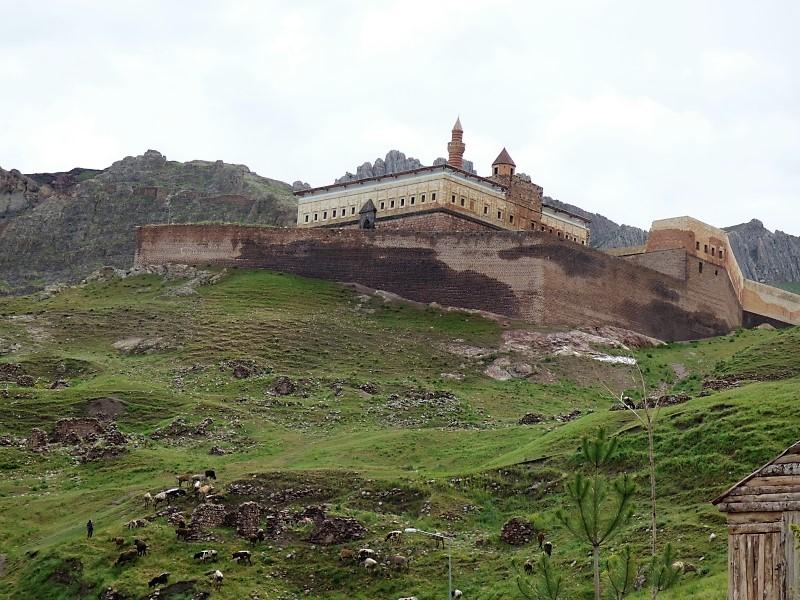 45 Le palais du Sultan Isaak Pacha