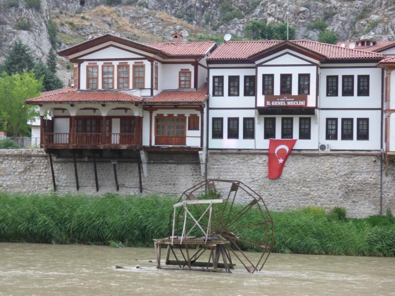 29 Amasya et ses roues à aubes