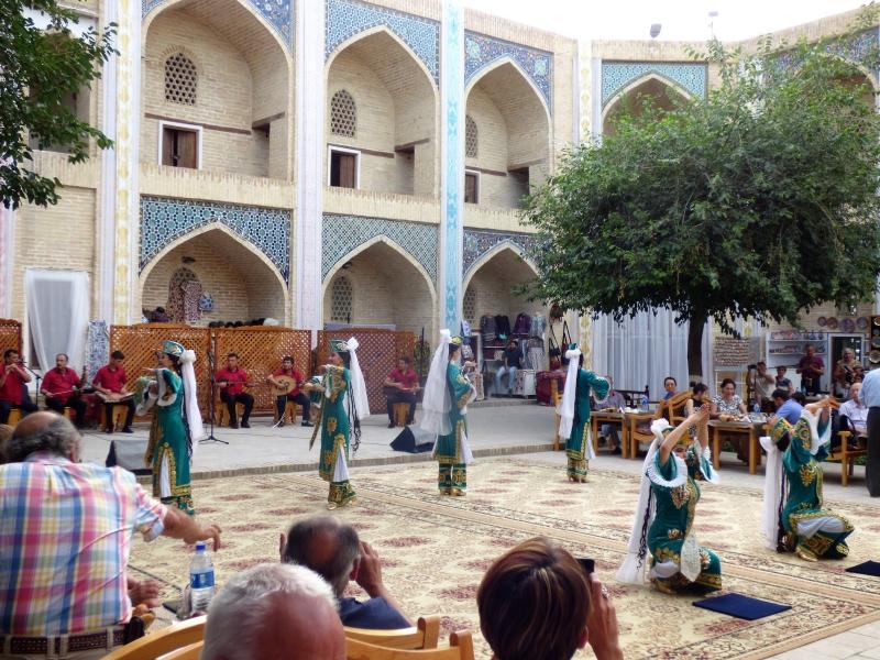 691 Spectacle folklorique à Boukhara_01