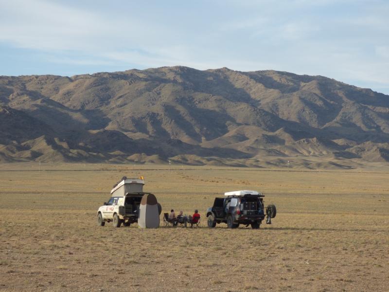 806 Premier bivouac en Mongolie