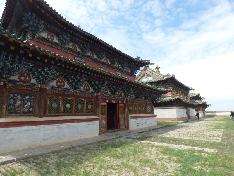836 Les trois principaux monastères
