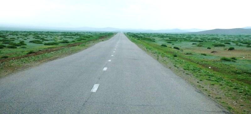 846 La route à travers la steppe